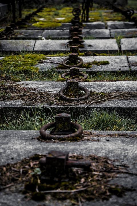 tombstone-1558672_960_720