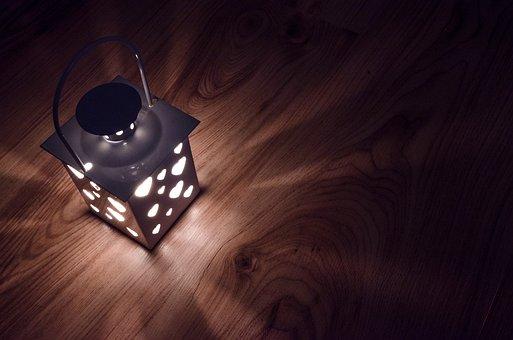 lantern-2938027__340