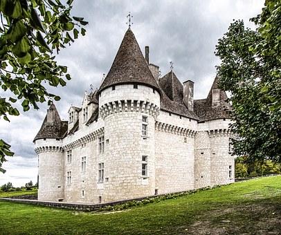 chateau-de-monbazillac-1167073__340