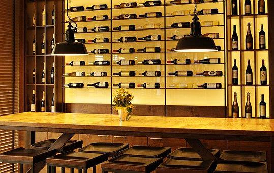 wine-bottles-3623697__340
