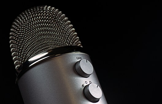 microphone-1172260__340