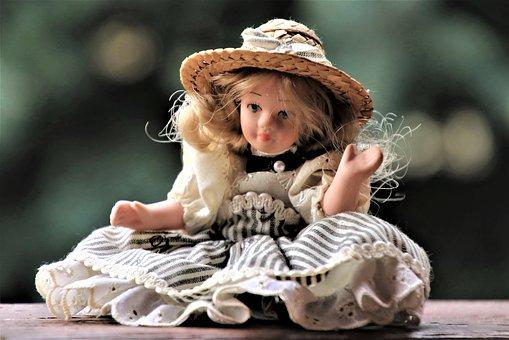 doll-4061815__340
