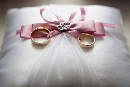 wedding-688924__340