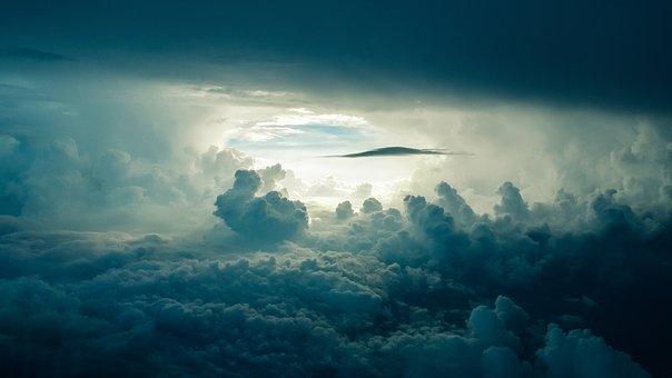 sky-690293__340