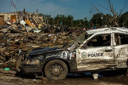 tornado-damage-115801__340