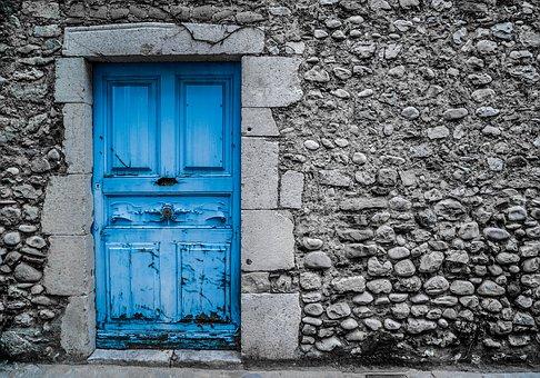 blue-door-2742118__340