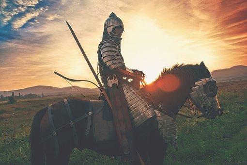 knight-2565957__340