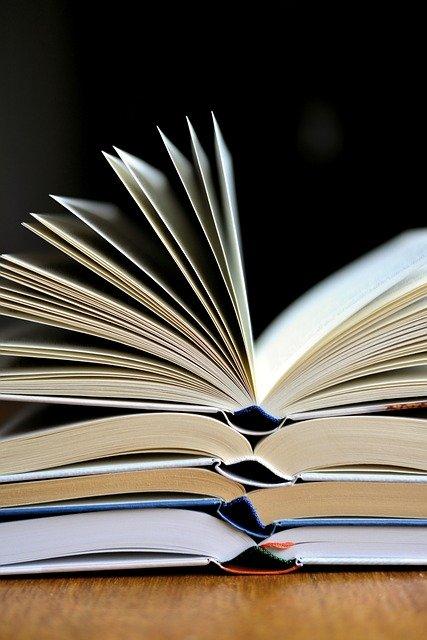 book-3964050_640
