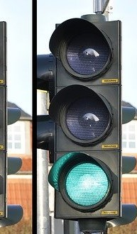 traffic-light-876056_640